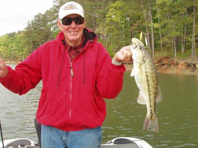 Triton Mike's Allatoona Guide Service