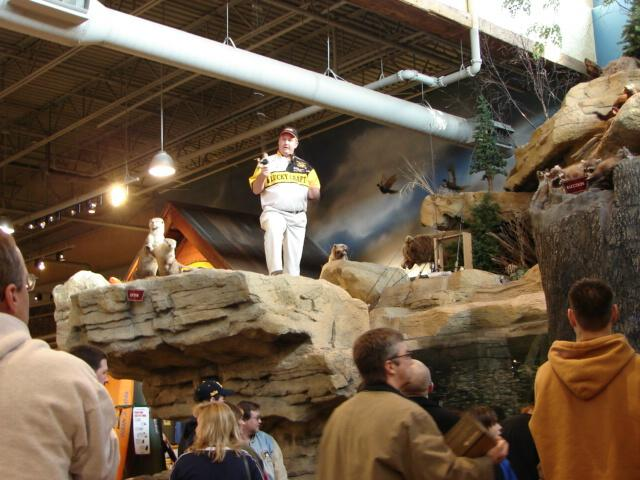 Lake Allatoona Guide at Bass Pro Shops