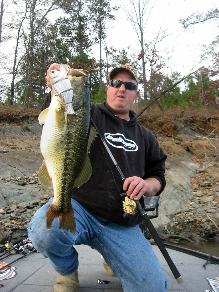 Lake Allatoona Fishing Guides Triton Mike Bass Fishing Atlanta